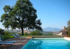 home_cerreto_piscina_1